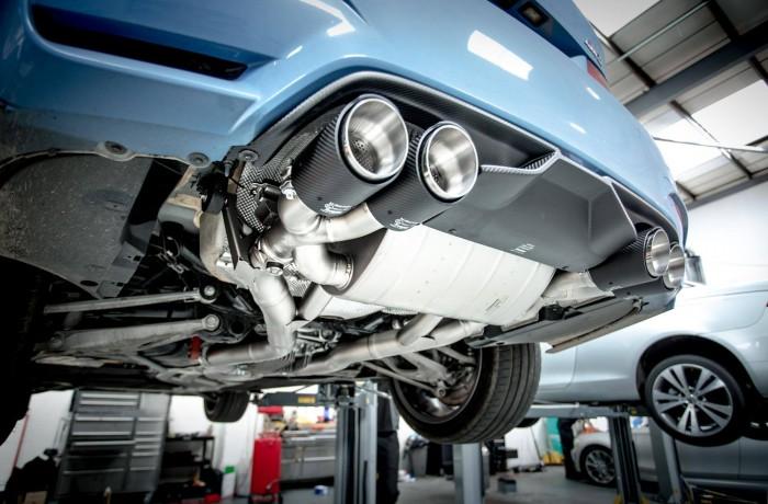 BMW F80 M3 Akrapovic & Tuning Box